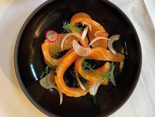 cornichon-masque-cuisine-du-marche-produits-frais-bar-a-vin-naturel-strasbourg-centre-E